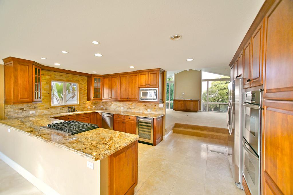 224 Calle Primavera | Southwest San Clemente Kitchen Photo