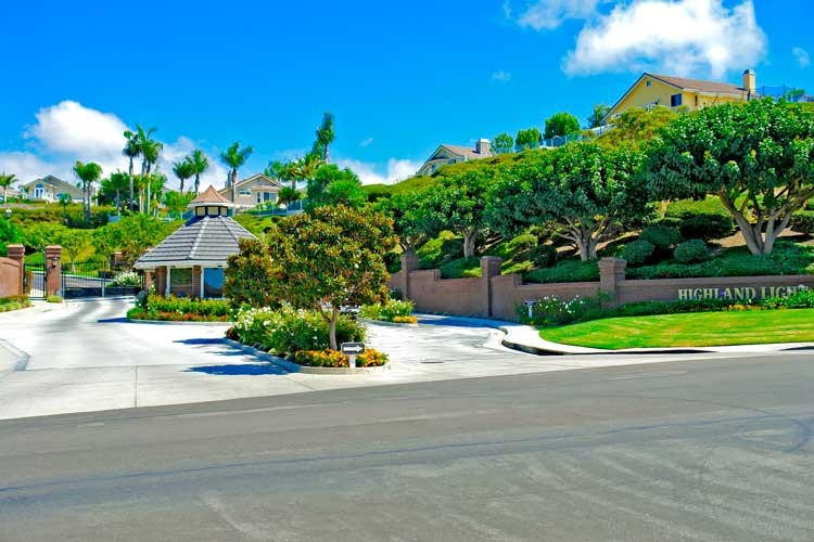 Learn More About The Marblehead San Clemente Area.  This is a gated community with large one and two story ocean view and ocean close homes for sale in San Clemente.